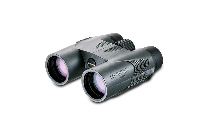 [photo] Fujifilm KF Series 10 x 42 Binocular