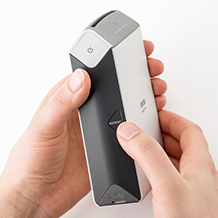 image de l'imprimante SP-2tenue dans la main