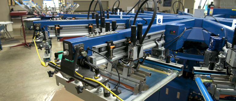 [photo] Close up of a screen Printing machine