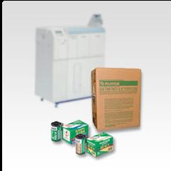 Caja de productos químicos de película Frontier junto con película e impresora