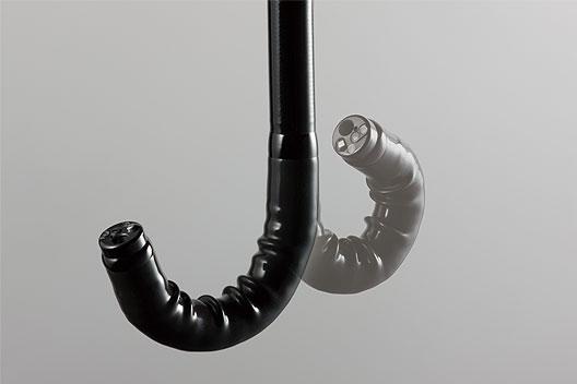 [photo] Flexible tip of scope bent upward