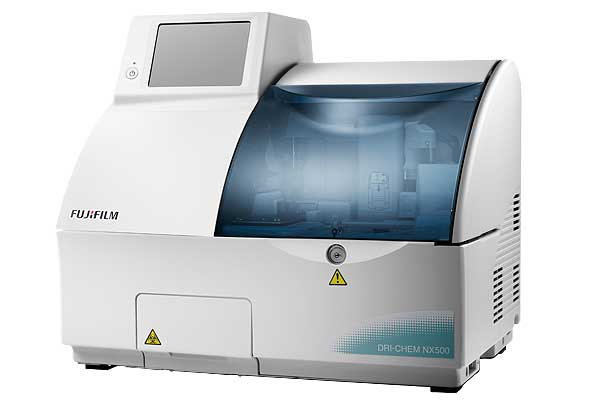 [photo] DRI-CHEM NX500 dry-chemistry analyzer
