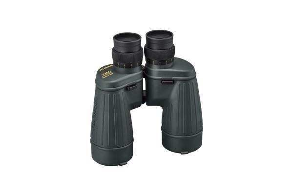 [foto] Binoculares parados en posición vertical en el lado del lente