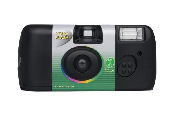 [photo] Quicksnap Flash camera in black