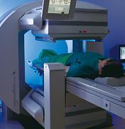 [写真]ガンマカメラによる断層撮影
