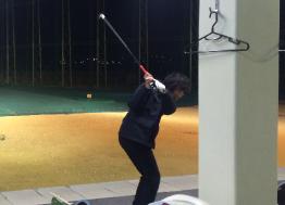 会社の仲間と一緒に行くゴルフ