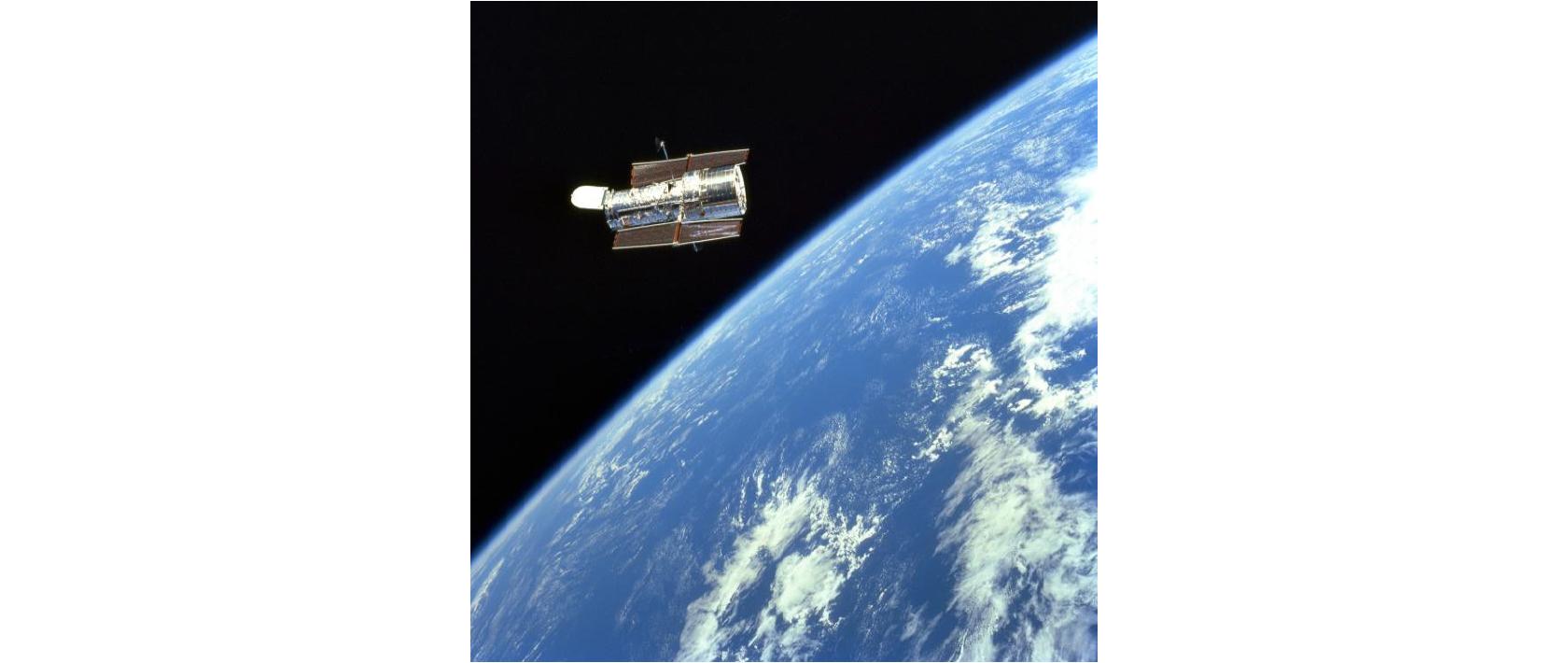 """地球の周回軌道上に設置された""""天文台"""" ハッブル宇宙望遠鏡 Credit: NASA/ESA"""