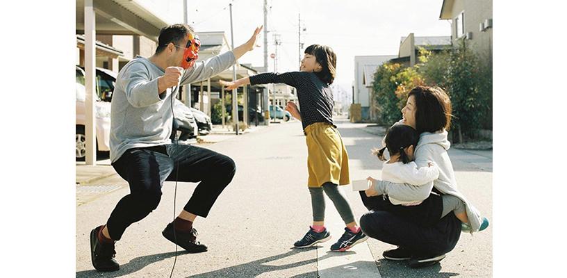 [画像]初笑いを狙う!家族写真のアイデア