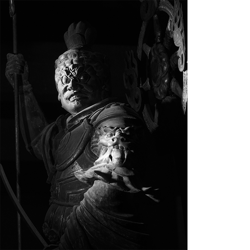 [写真]増長天立像 東寺 © Yoshihiro Tatsuki