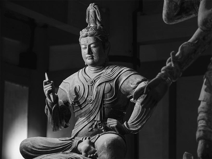 [写真]帝釈天半跏像 東寺 © Yoshihiro Tatsuki