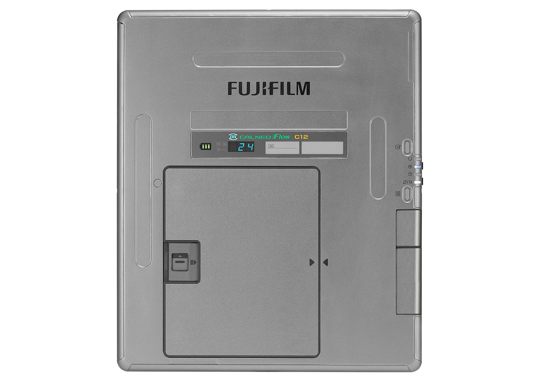 [ニュース用画像データ]FUJIFILM DR CALNEO Flow C12