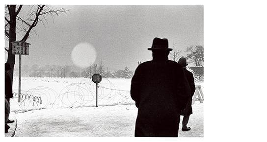 [写真]桑原甲子雄「麹町区馬場先門(現・千代田区)」 1936年2月27日