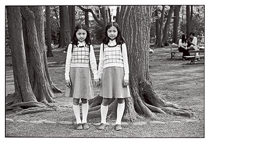 [写真]牛腸茂雄〈SELF AND OTHERS〉より 1977年