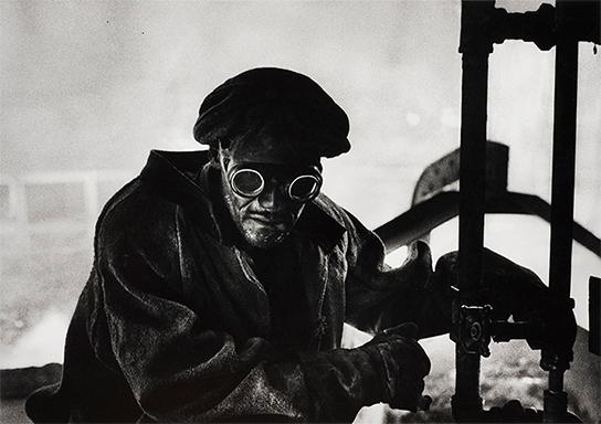 [画像]W. ユージン・スミス 《ピッツバーグ》 1955年 © 1955, 2021 The Heirs of W. Eugene Smith 所蔵:京都国立近代美術館