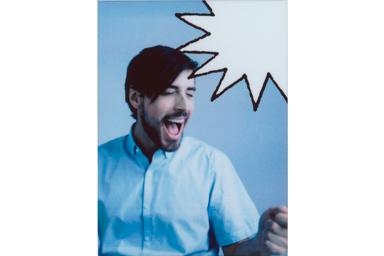 [photo] 웃는 남자의 사진에 말풍선 2 프레임 추가