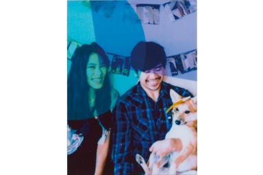 [photo] 축하하는 커플과 반려견 사진에 컬러 필터 2 추가