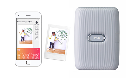 "Smartphone app for ""instax mini Link"""