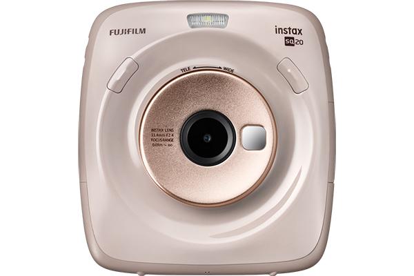 [photo] Instax SQUARE SQ20 camera in beige