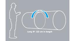 [obraz] Clipart człowieka kontrolującego spawane połączenia rurowe z niebieską strzałką skierowaną przeciwnie do ruchu wskazówek zegara.