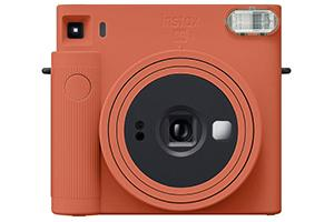 [photo] Instax SQUARE SQ1 in brown with a white background
