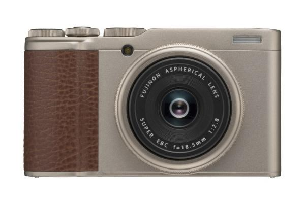 [photo] Fujifilm XF10 System Digital Camera - Silver and brown leather