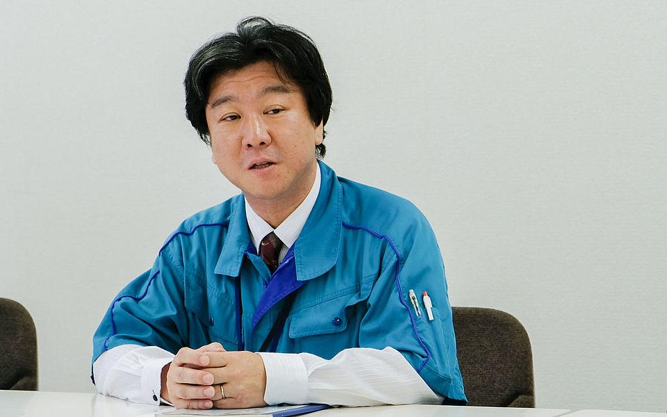 [photo] Kawamura (Mechanical designer) from Fujifilm during an interview
