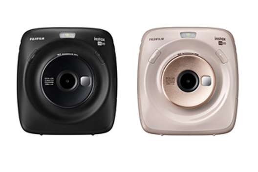 "[Photo]Hybrid instant camera ""instax SQUARE SQ20"""