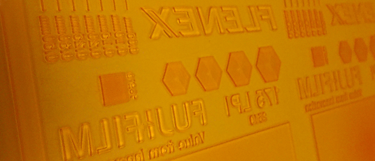 [photo] Close-up view of a flenex plate