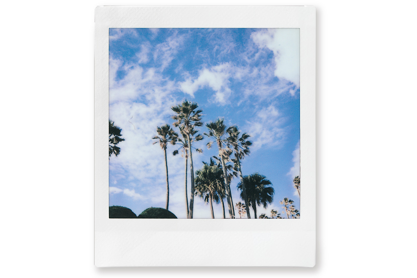 [photo] Sample photo of a city in Landscape mode on the Instax SQUARE SQ6