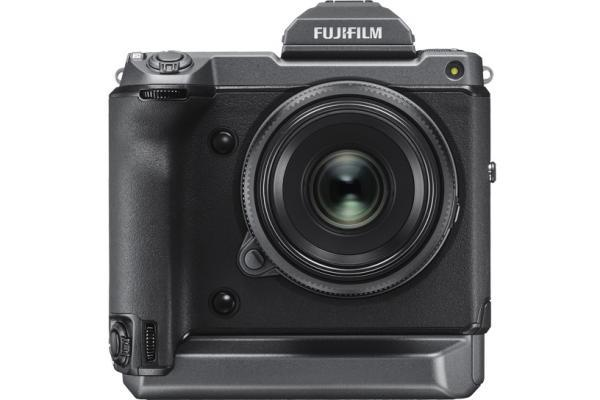 [fotografía] Cámara GFX de Fujifilm en negro
