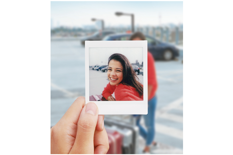 [photo] Sample squared photo from the Instax SQUARE SQ6